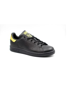 נעלי ספורט adidas stan smith black